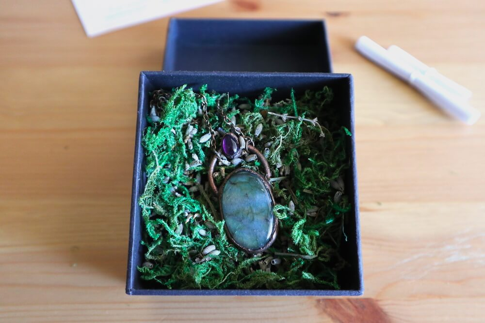 jewelry box with moss, lavender and pendant
